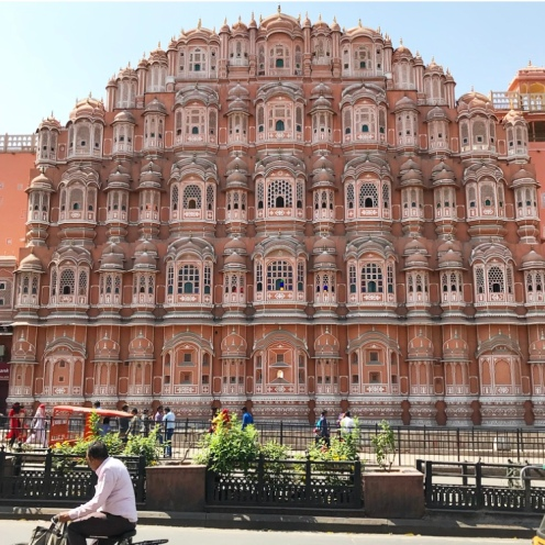 Hawa Mahal from the street side - BEST view!