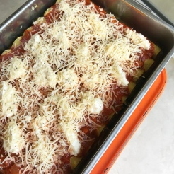 Finish with mozzarella and pepper